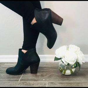 Gianni Bini Women's Black Booties Size 10M